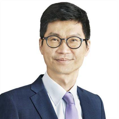 Portrait of Albert Jok